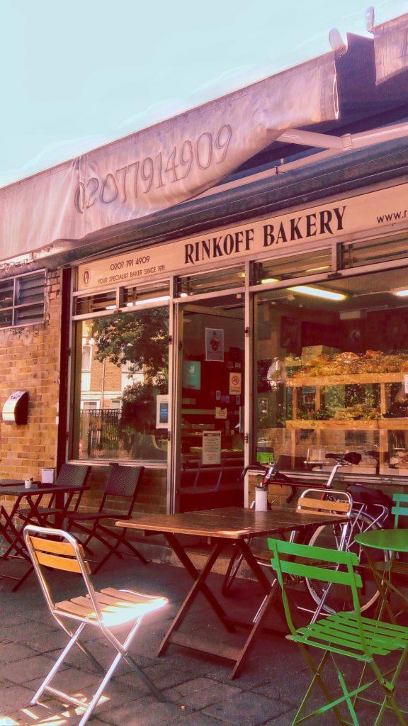 pasteleria-rinkoff-bakery-londres-con-amigos